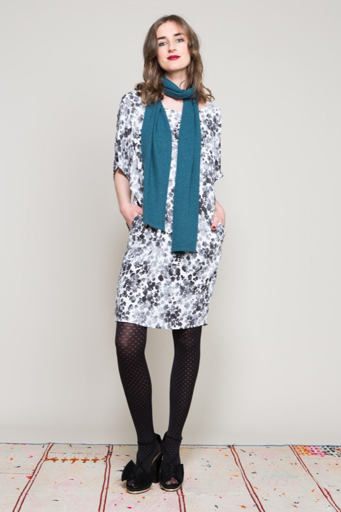 Imogen dress / Textured scarf