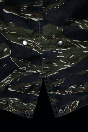 ROCK STEADY - TIGER CAMO / BLACK M59 HOODED FISHTAIL PARKA - SMALL