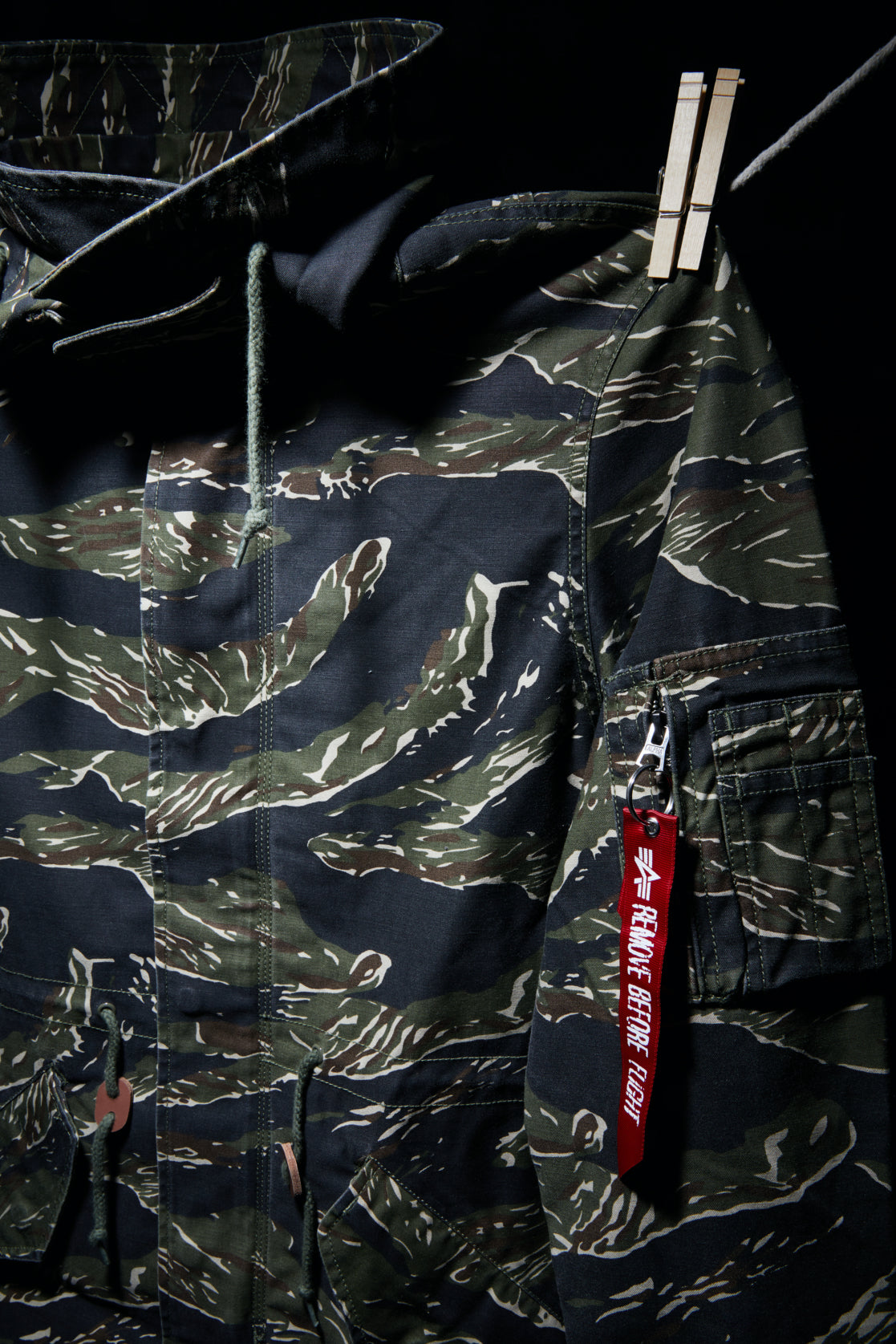 ROCK STEADY - TIGER CAMO / BLACK M59 HOODED FISHTAIL PARKA - MEDIUM