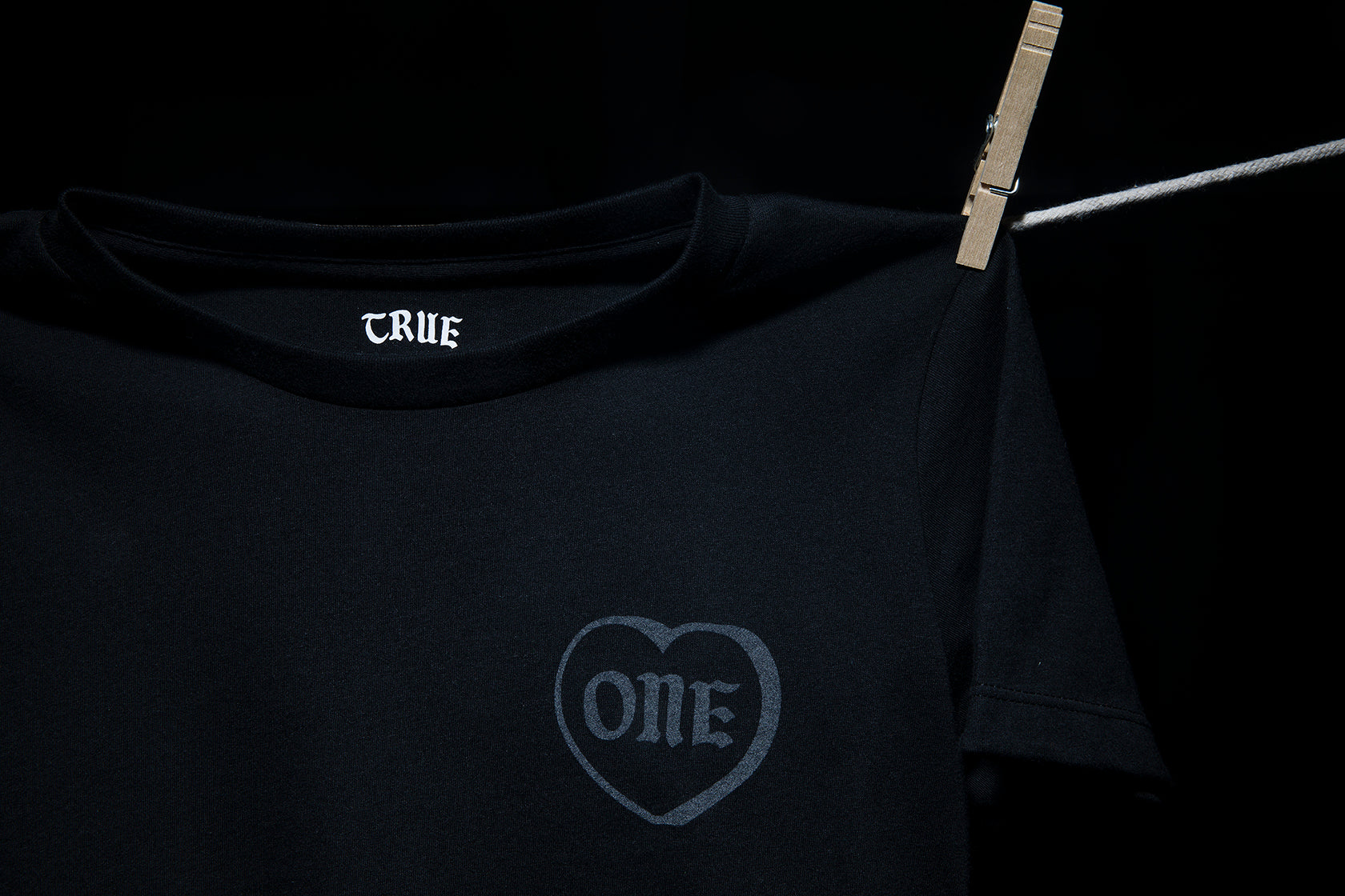 ONE LOVE - ORGANIC COTTON KIDS T