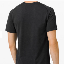 Load image into Gallery viewer, Lululemon - Men's Metal Vent Tech Short Sleeve 2.0 - Black