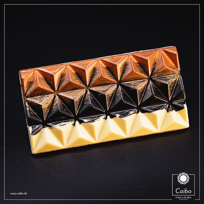 Chocolat d'art - Pyramid Copper & Black