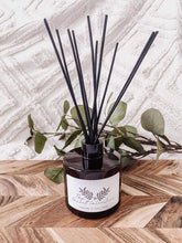 Load image into Gallery viewer, Lavender & Ylang Ylang Reed Diffuser
