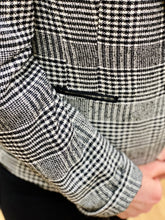 Load image into Gallery viewer, Gerry Weber Black & White Check Blazer