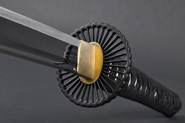 FULLY HANDMADE EMPIRE WHEEL STAINLESS JAPANESE KATANA & WAKIZASHI TRAINING SWORDS - buyblade