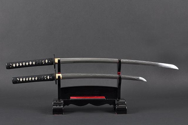 FULLY HANDMADE EMPIRE WHEEL PRACTICAL JAPANESE SAMURAI KATANA & WAKIZASHI SWORDS - buyblade