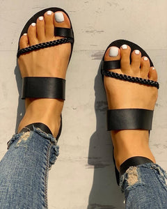 Toe Ring Braided Design Sandals