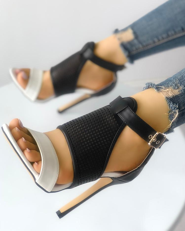 Contrast Color Buckled Thin Heeled Sandals