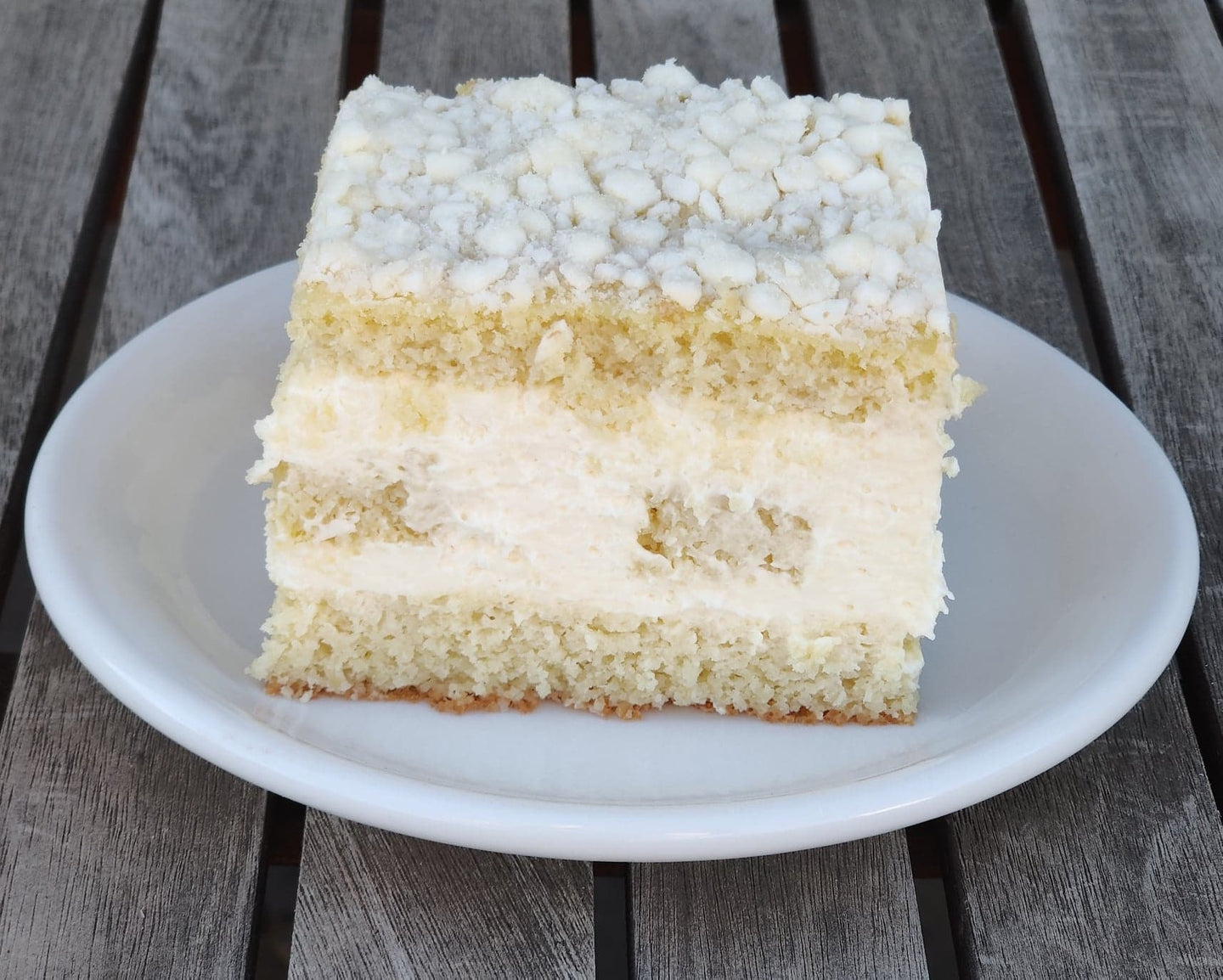 Lemoncello Cream Cake