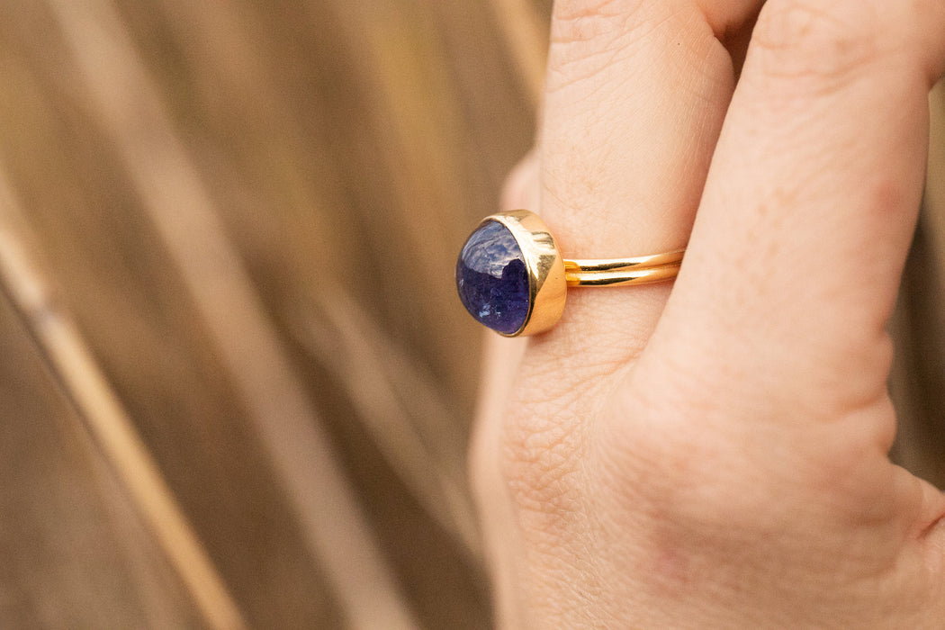 Stunning Round Tanzanite Ring in Gold Plated Sterling Silver - Size 7 US - Gemstone Ring - Gold Tanzanite Jewelry - Nature Tanzanite Ring