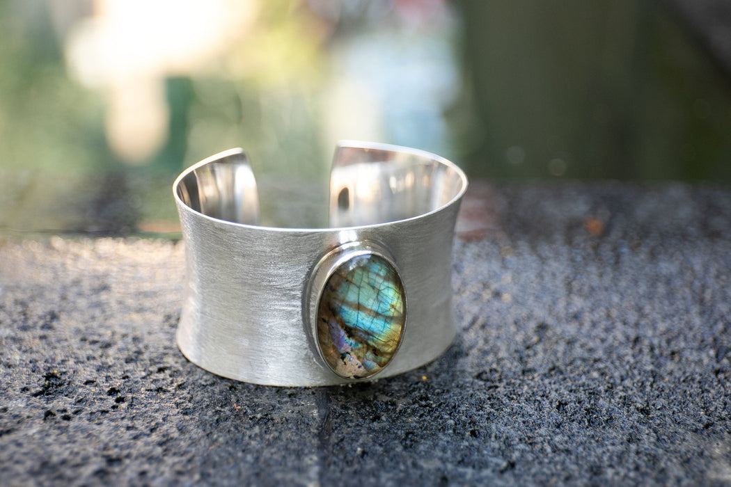 Stunning Statement Labradorite Bangle in Solid Brushed Silver - Handmade Gemstone Jewellery - Labradorite Jewelry