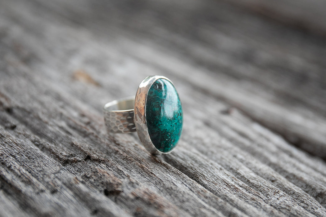 Oval Chrysocholla Ring set in Beaten Sterling Silver - Size 7 US - Chrysocolla Ring - Gemstone Jewelry - Silver Jewellery