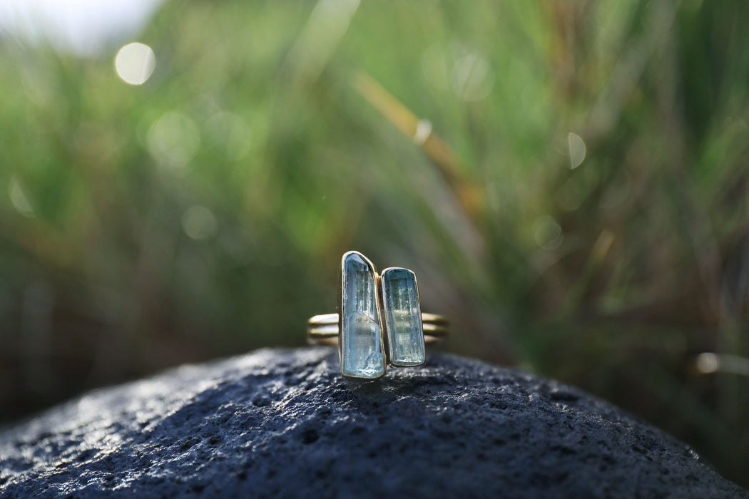 Raw Core Sample Aquamarine Ring set in Double Banded Gold Plated Sterling Silver - Size 7 US - Rough Gemstone Jewelry - Aquamarine Jewellery
