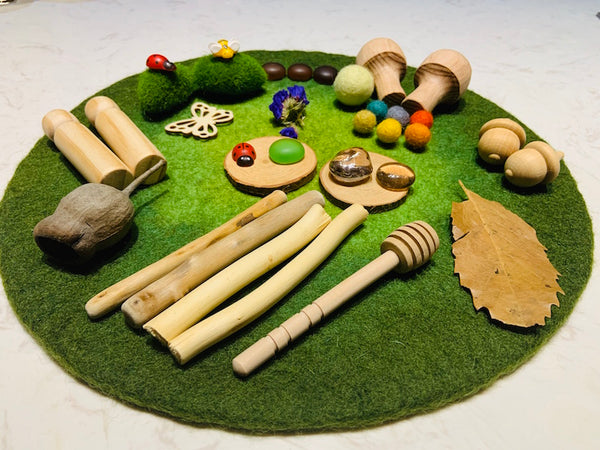 Small World Play Kit: In The Garden