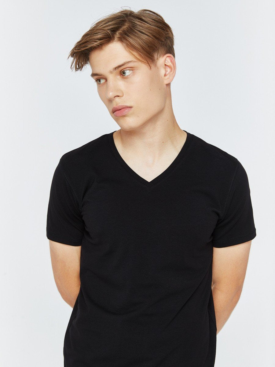 T.Shirt Basic Classic V.Neck | Black