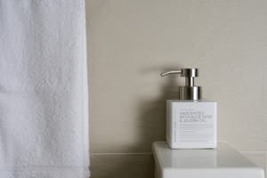 Best Luxury Liquid Hand Soap ORGANIC CUBE designed for everyday cleanliness effortlessly sustainable