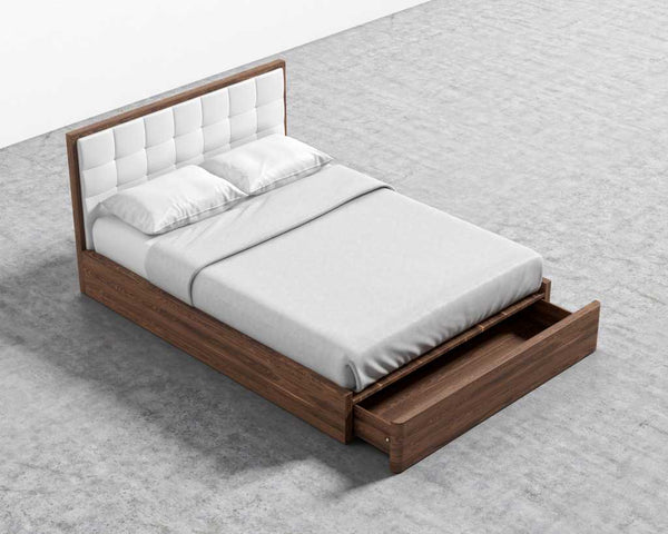 Charlotte Bed