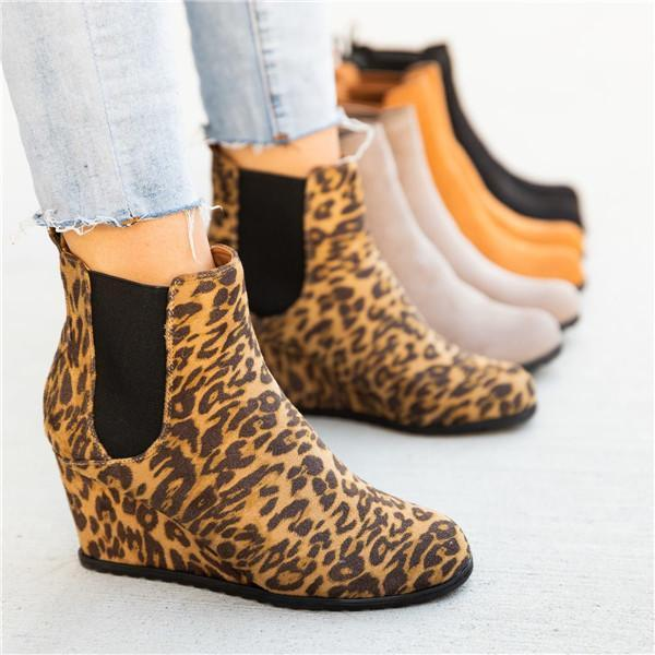 Suremoda Women's Wedge Booties