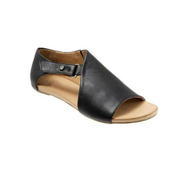 Suremoda Women's Buckle Flat Sandals