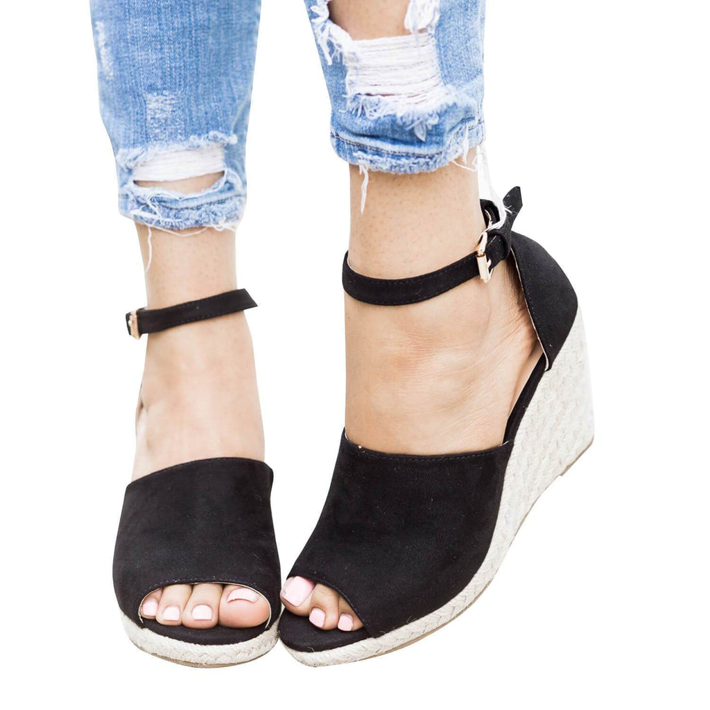 Suremoda Peep Toe Buckle Wedge Sandals