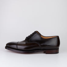 Laden Sie das Bild in den Galerie-Viewer, CROCKETT & JONES Bradford Dark Brown Shell
