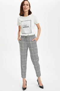 DeFacto Woman Spring Cargo Pants Women Grey Black Plaids Pants Women Straight Ninth Trousers-I4364AZ20SP