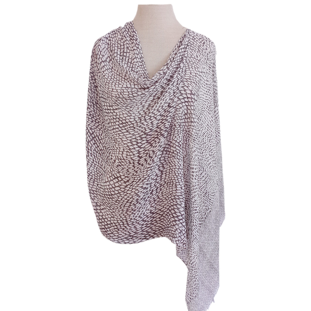 Grey & White Diamond Poncho - Dammit Janet