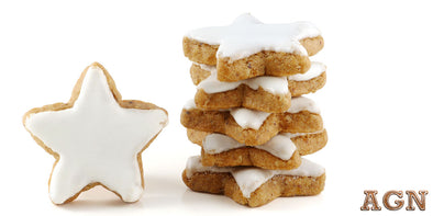 Gingerbread Protein Cookies with whey protein frosting option. Best Grass-fed Whey Protein Recipes by AGN Roots
