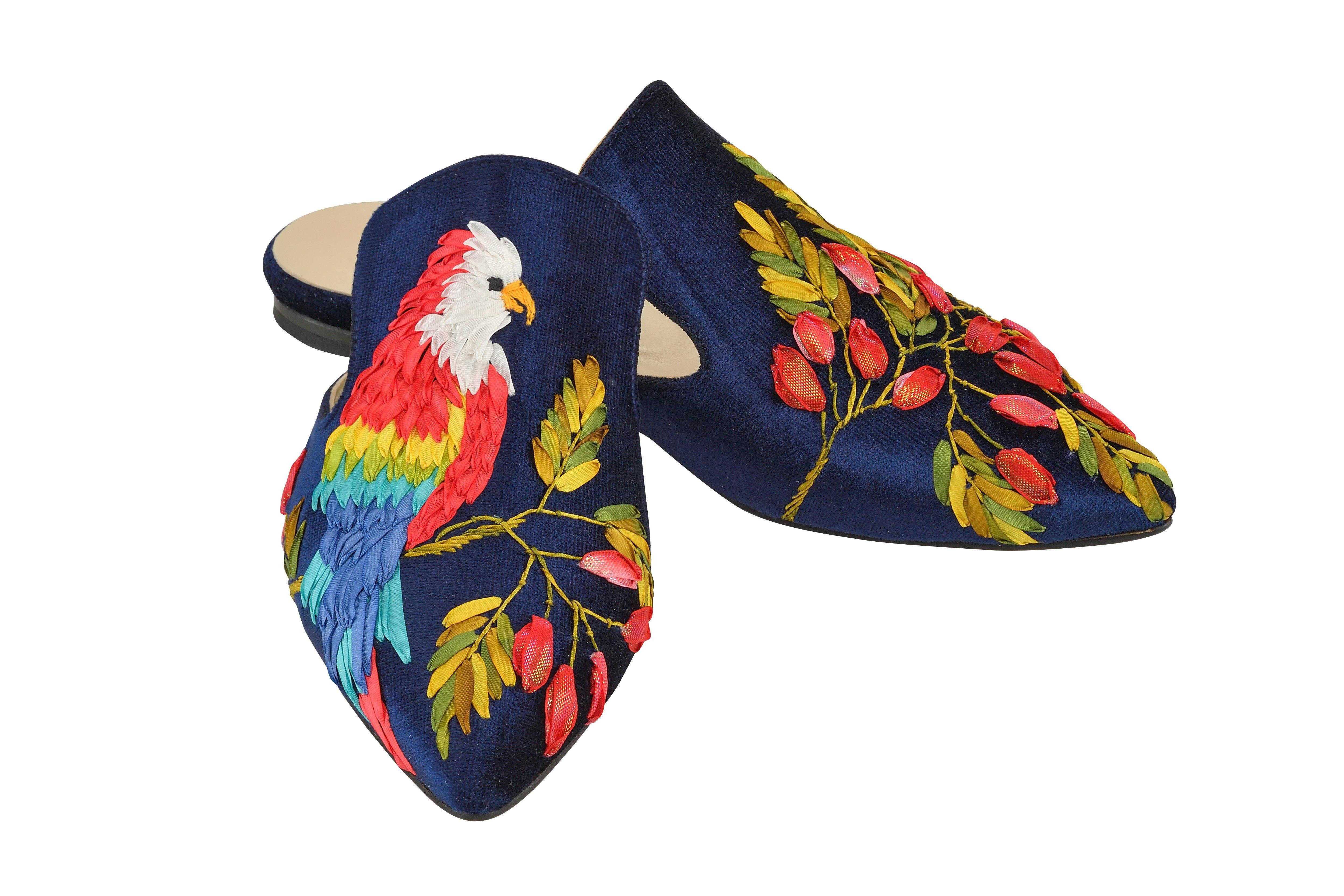 Singing Parrot slippers - AnatolianCraft