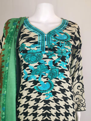 Mint printed trouser suit with embroidered neck line