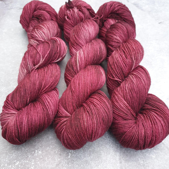 Bloom. Merino Nylon 4-ply/fingering