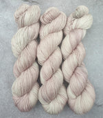 Load image into Gallery viewer, Butter Cream. Merino Nylon High Twist 4-ply/fingering