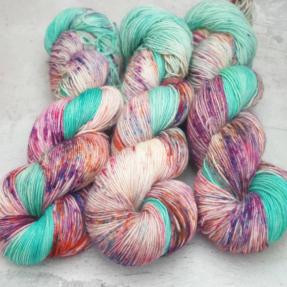 Dye Marvel 1. BFL 4-ply/fingering