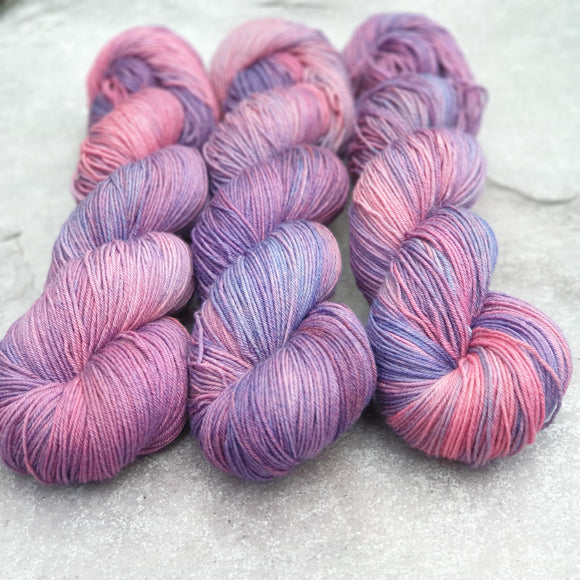 Dye Marvel 7. Merino Nylon 4-ply/fingering