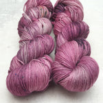 Load image into Gallery viewer, Hydrangea Tea. Merino Cashmere Nylon 4-ply/fingering