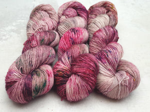 Rhino Tears. Merino Singles High Twist 4-ply/fingering