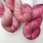 Load image into Gallery viewer, Rose Bud OOAK. Merino Bamboo