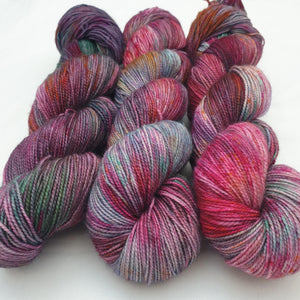 Surreal Spring. BFL Nylon High Twist 4-ply/fingering