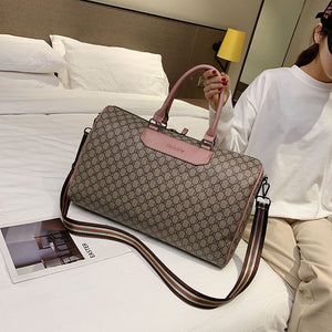 Women Travel Bags Hand Luggage Fashion Large Waterproof Wear-resistant Weekend Short Journey Men Travel Duffle Pu Leather Bag