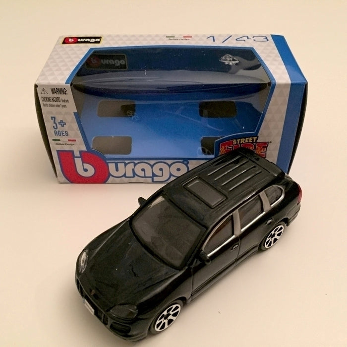 1:43 Burago Porsche Cayanne Turbo Sort