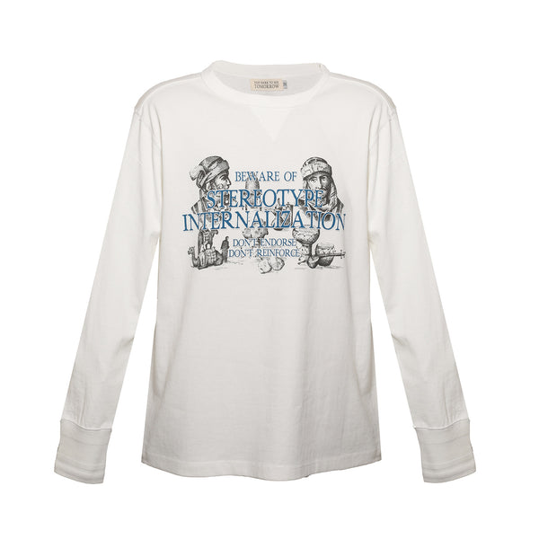 WHITE LONG-SLEEVE GRAPHIC T-SHIRT