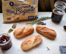 Load image into Gallery viewer, Le Petit Francais Authentic French Mini Baguettes Frozen(1 Bag) - 迷你法國棍子麵包(1包8入)
