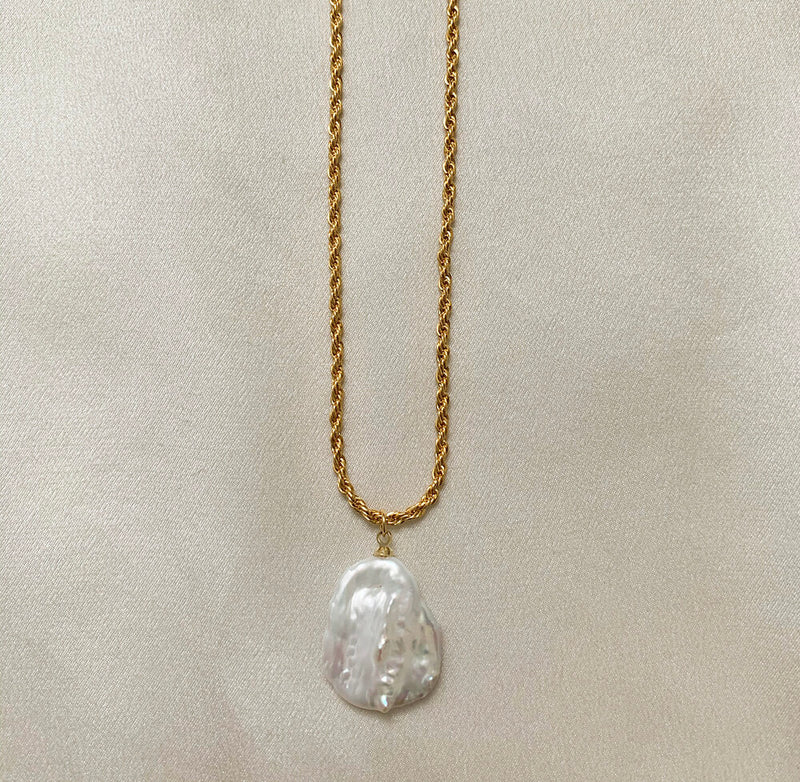 The Rosalie Pearl Necklace