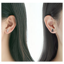 Load image into Gallery viewer, Picking Gold Stars for You Stud Earrings s925 Silver