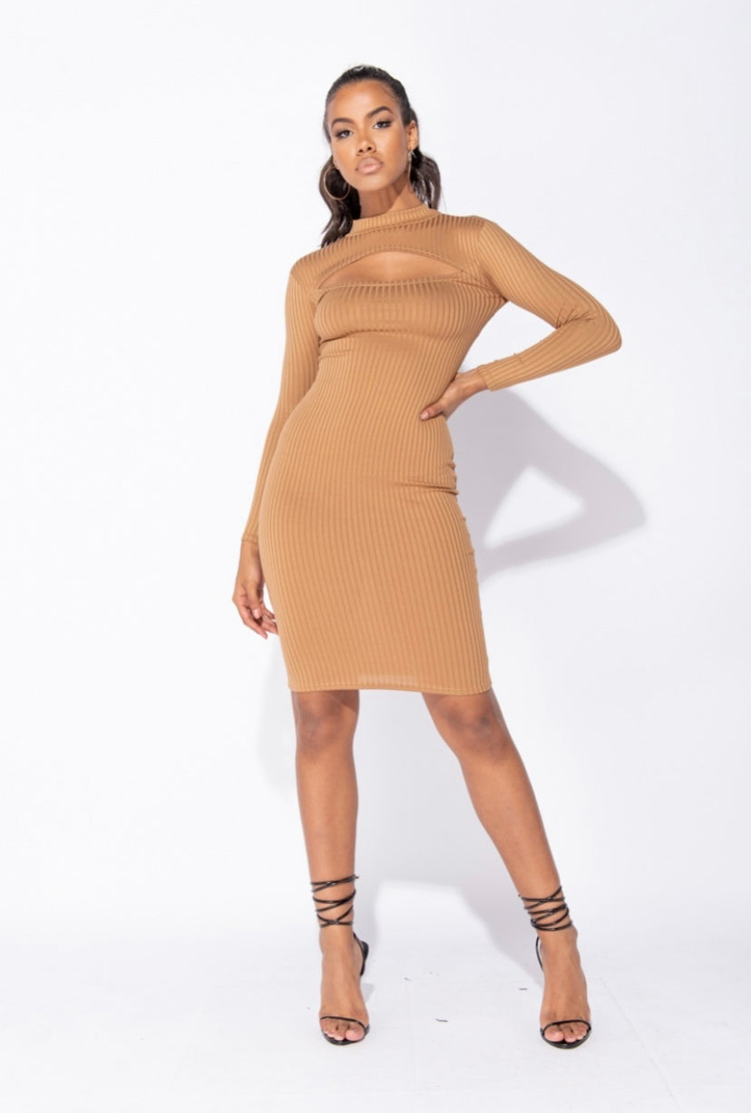'Chigozie' Rib Knit Cut Out Front Long Sleeve Midi Dress