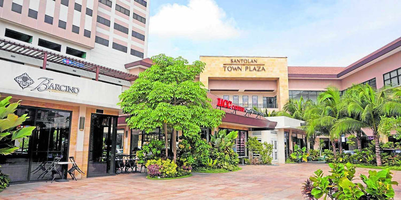 Santolan Town Plaza F&B Tenants Step Up Measures For Safe Dining-Barcino Wine Resto Bar