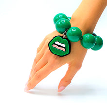 Load image into Gallery viewer, BRACCIALE KISS VERDE - malikaforhappypeople