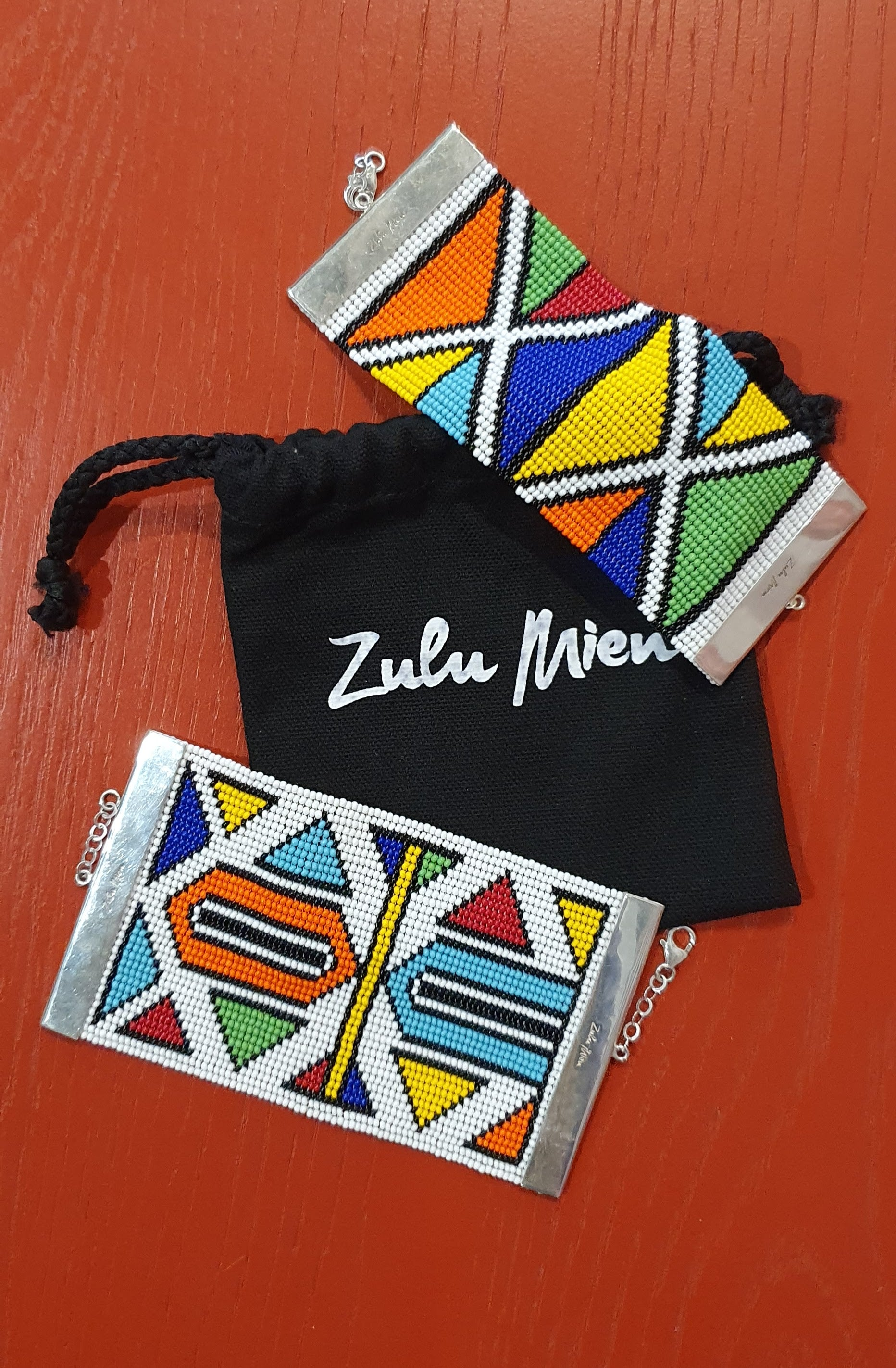 ZULU MIEN AFRICAN COLOUR CUFFS and CHOKERS