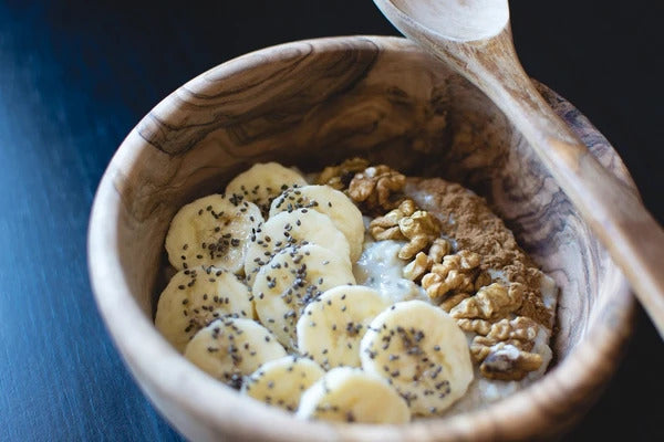 Wheat free oats with cinnamon, bananas, chai seeds & walnuts
