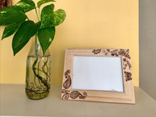 Load image into Gallery viewer, Photo Frame - Floral Design